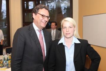 Hans-Joachim Otto (MdB) mit Susann Guber.