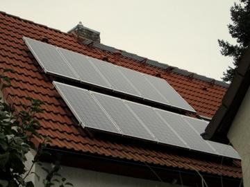 Solaranlage auf Isenburger Wohnhaus.