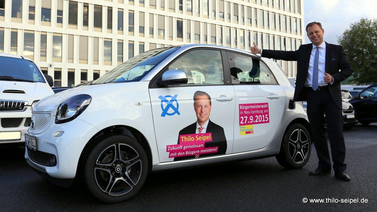 Smartes Kandidatenfahrzeug unterstützt Thilo Seipels Wahlkampf.