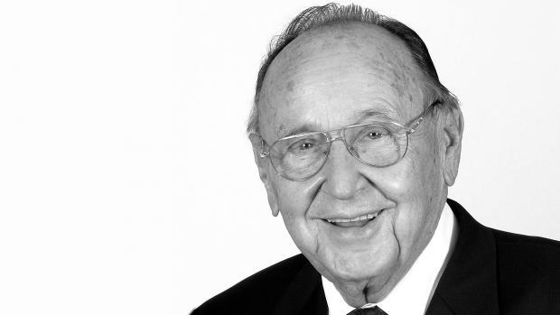 Hans-Dietrich Genscher 1927 - 2016
