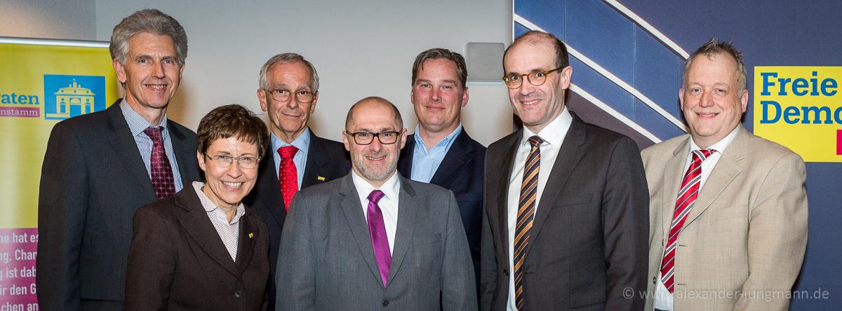 Prof. Dr. Frank Schorkopf (zweiter von rechts), umgeben von seinen Gastgebern.