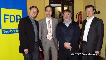 v.l.n.r.: Thilo Seipel (stellv. Vorsitzender), Andreas Frache (Stadtrat), Dr. Peter Schönegge (städtische Biologe) und Jörg Müller (Vorsitzender).