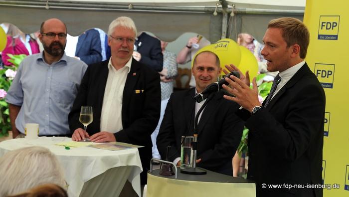 v.l.n.r.: Axel Vogt, Landtagskandidat, Jörg-Uwe Hahn, hess. Justizminister, René Rock, MdL und Christian Lindner, stellv. Bundesvorsitzender der FDP.