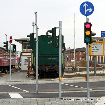 Ampelanlage am Kreisel Hugenottenalle/Carl-Ulrich-Str./Schleussnerstr.