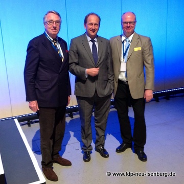 v.l.n.r.: Dr. Wolf Klinz (MdEP), Alexander Graf Lambsdorff (MdEP) und Richard Krüger (Europabeauftragter der Kreis-FDP).