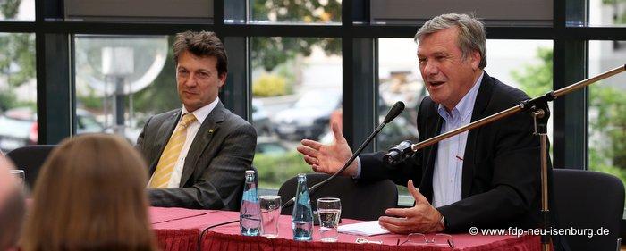 Jörg Müller, Vorsitzender der FDP Neu-Isenburg und Dr. Wolfgang Gerhardt.