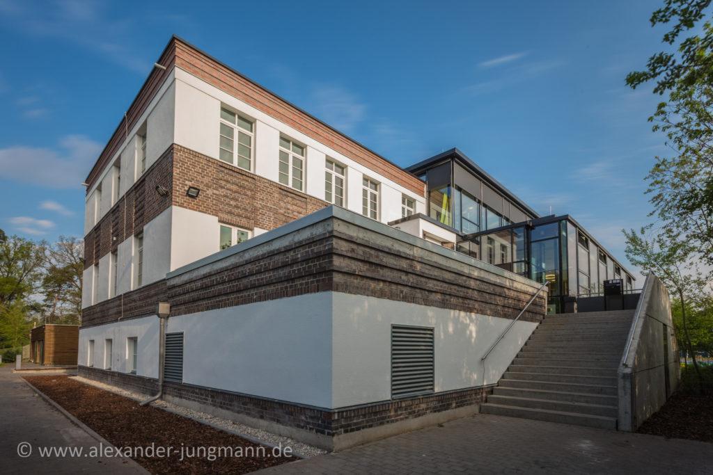 Ehemaliges Waldschwimmbadrestaurant und neuer Firmensitz der Brand Loyalty Deutschland GmbH.