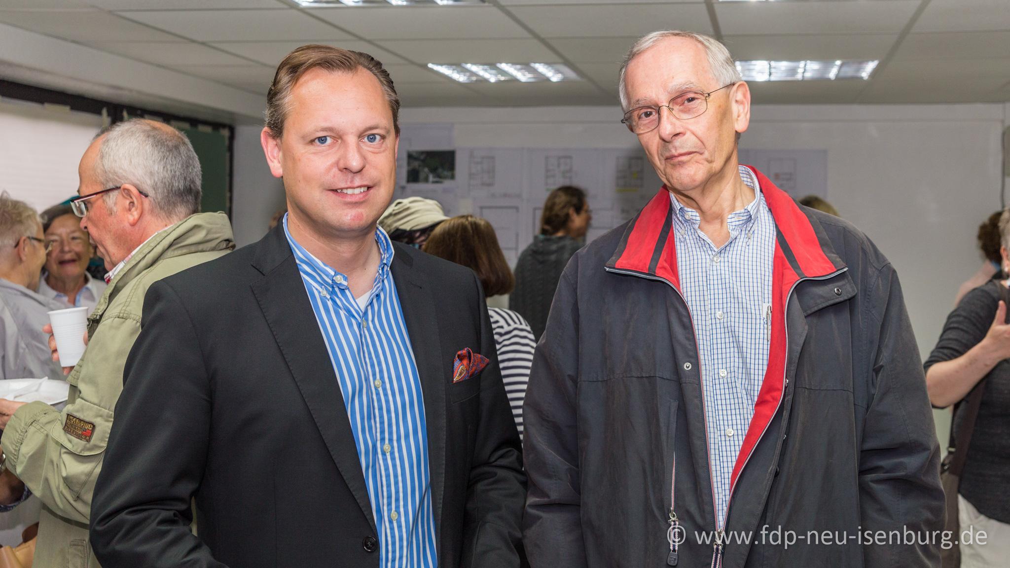 v.l.n.r.: Thilo Seipel (Fraktionsvorsitzender), Hans-Joachim Neumann (stellv. Ortsvorsitzender) und Alexander Jungmann (Fraktionsgeschäftsführer, hinter der Kamera).