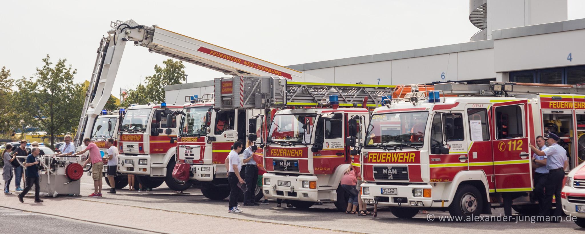 Einsatzfahrzeuge der Freiwilligen Feuerwehr