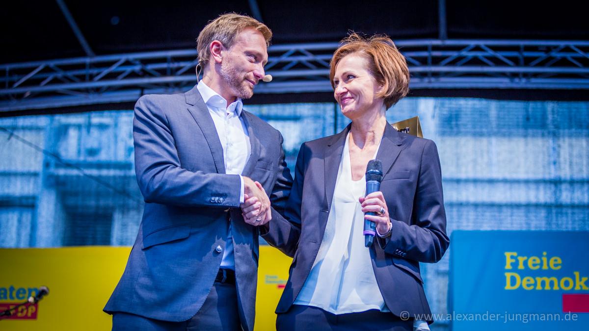 Bettina Stark-Watzinger, Generalsekretärin der hessischen FDP zusammen mit Christian Lindner, Bundesvorsitzender der FDP.