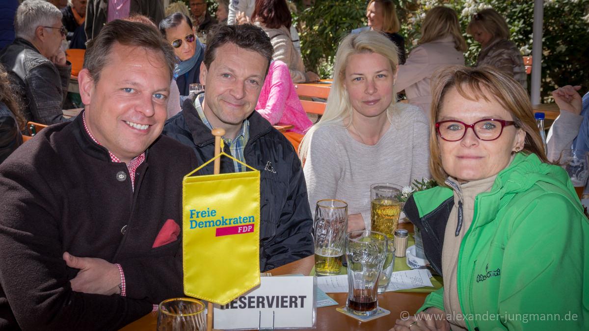 v.l.n.r.: Thilo Seipel, Jörg Müller, Susann Guber, Birgit Schickedanz-Müller und an der Kamera, Alexander Jungmann.