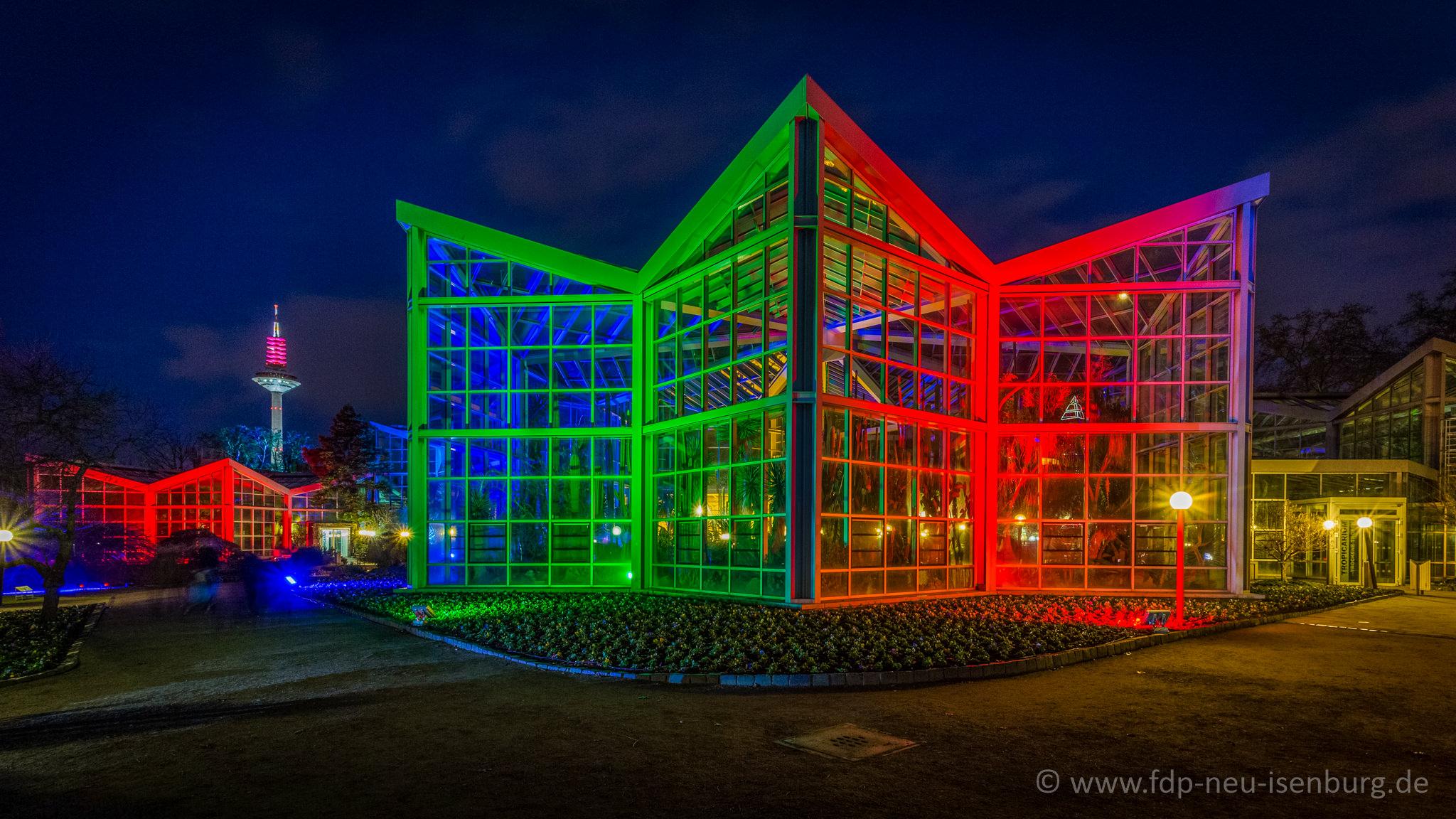 Beispiel-Illumination der Tropenhäuser im Frankfurter Palmengarten