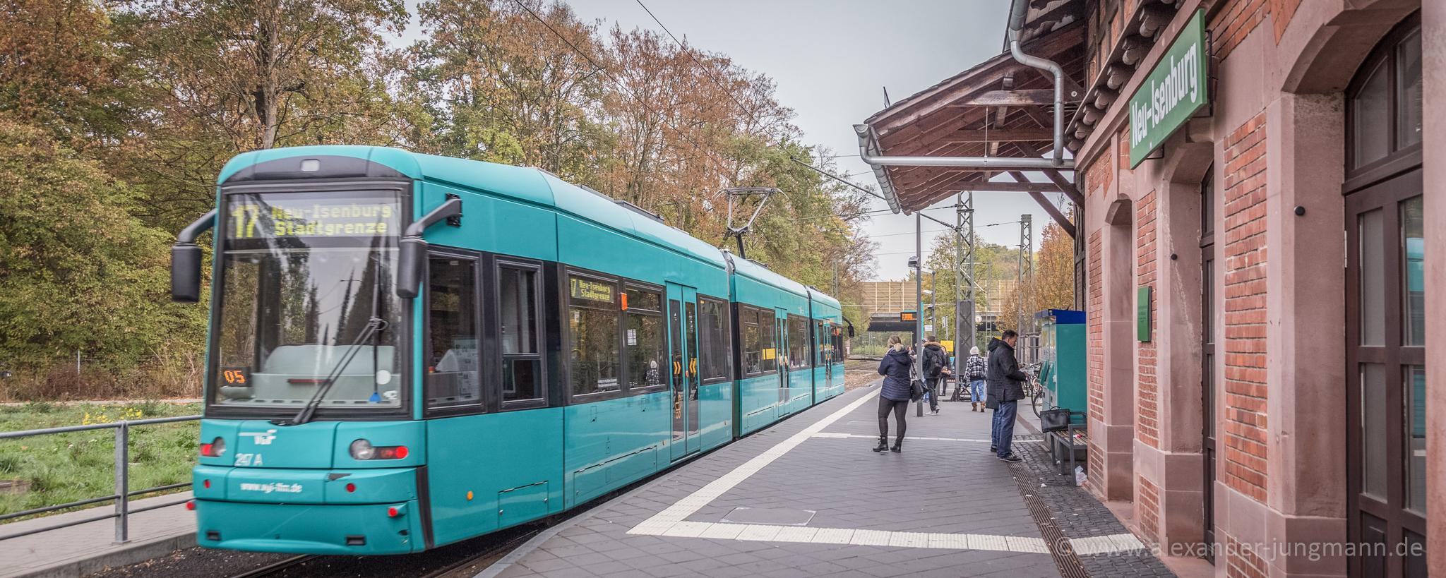 Straßenbahn an der Waldbahnstation