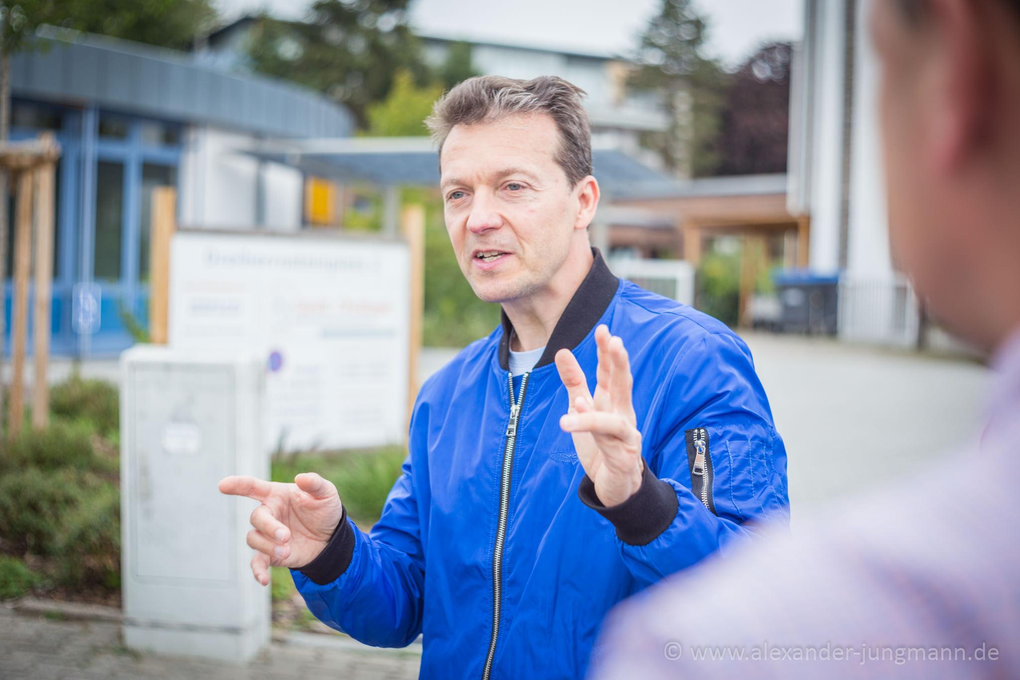 Jörg Müller, bei seinen Ausführungen zur Parkraumsituation in Gravenbruch.